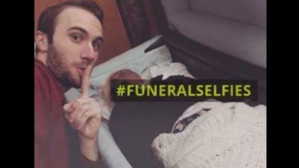 funeral selfie_1486946202301_2741273_ver1.0_640_360.JPG